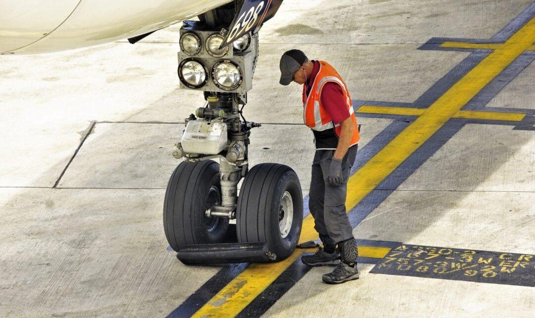 Résolution des problèmes de sécurité : la CAFAC organise un cours virtuel en coopération avec l'Autorité de l'Aviation Civile de Singapour