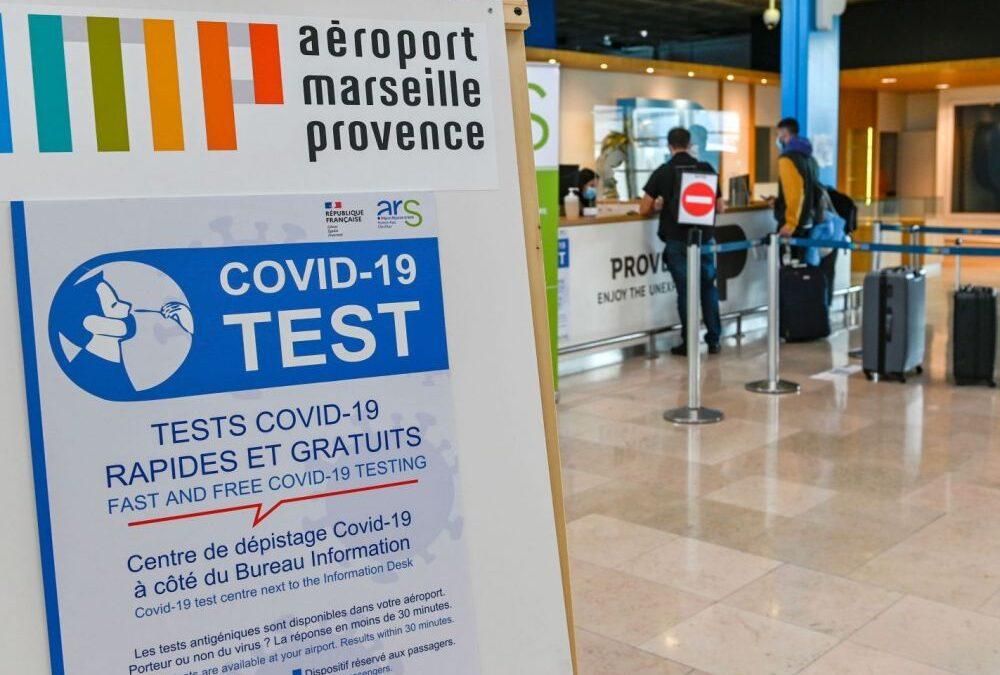 Redémarrage sûr et efficace du transport aérien : L'IATA en faveur des tests antigéniques « rapides »